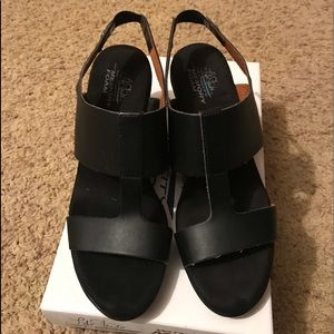 Women's black heel